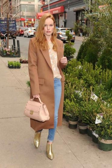 Kate Bosworth Enjoying a Spring Afternoon