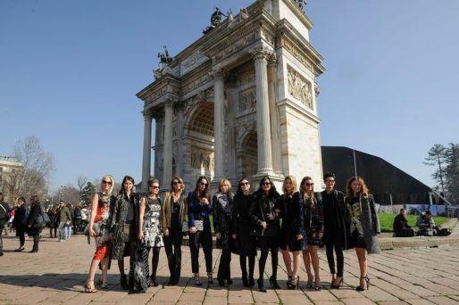 Socialites_in_Roberto_Cavalli_Roberto_Cavalli_FW1415_Fashion_Show_2014_02_22_Milan