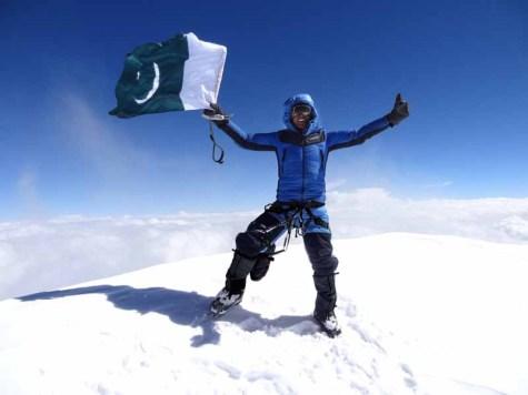 Moncler_Ali Durani at K2 summit ph Lunger (2)