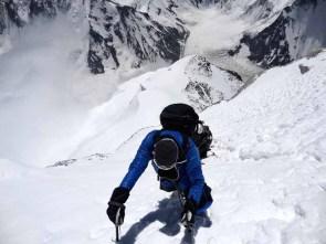 Moncler_Michele Cucchi climbing at 8300mt