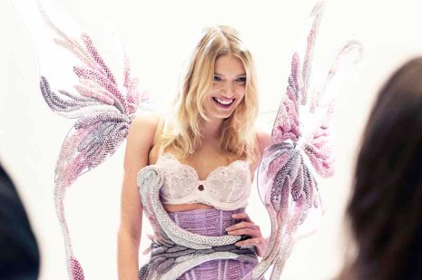 Lily Donaldson in the Swarovski Look VSFS14 (8)