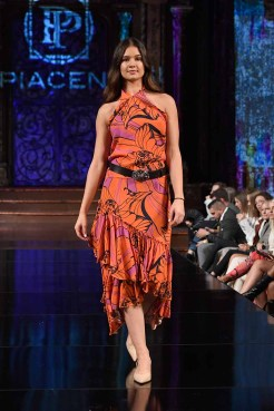 NEW YORK, NY - SEPTEMBER 10: A model walks the runway during the LE PIACENTINI show at New York Fashion Week Powered By Art Hearts Fashion at The Angel Orensanz Foundation on September 10, 2018 in New York City. (Photo by Arun Nevader/Getty Images for Art Hearts Fashion)