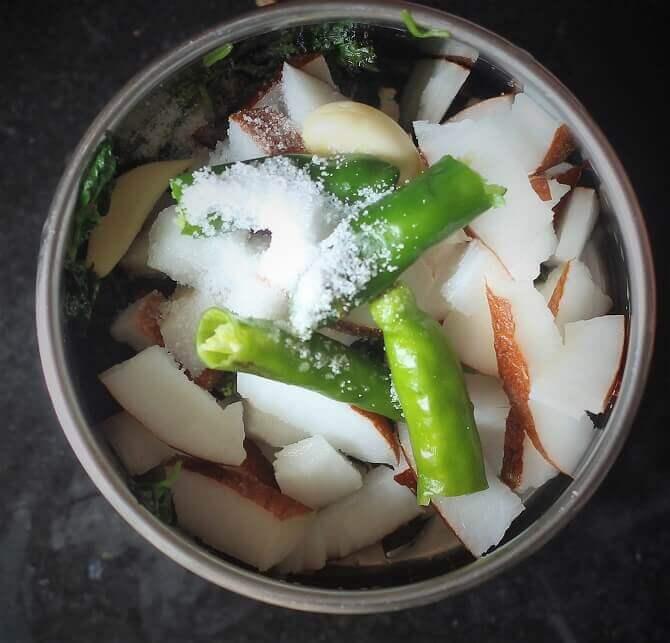 green coconut chutney ingredients in mixie jar