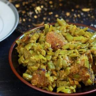 hyderabadi gawar ki phali in a plate