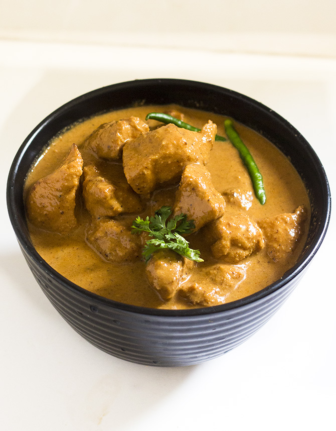 Indian Chicken Tikka Masala recipe is a delicious gravy with melt in the mouth chicken pieces.