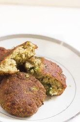 Mutton Cutlets Recipe. A tasty mutton mince preparation made with warm aromatic spices and ingredients. This is a very good appetizer or snack that can be served to your guests.