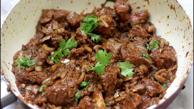 Close up of Mutton Do pyaza recipe.