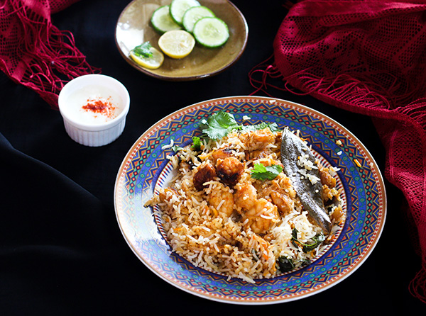 Prawn Biryani Recipe, an absolutely tasty and yummy biryani preparation that is pure delight. Once you get the taste of this easy prawns biryani, you will never look back. This is a pure delicacy.