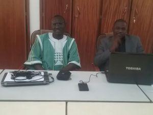 M. Krissiamba Moumouni OUIMINGA à gauche (Faso danfani) et M. Ahmed Hisse Marie OUDRAOGO ont assurés la formation