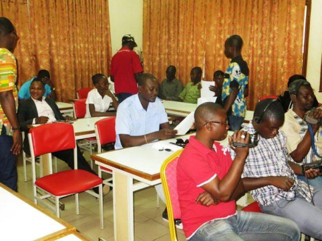 Les participants a la conférence de l'Organisation des Jeunes Leaders Africains (OJLA)