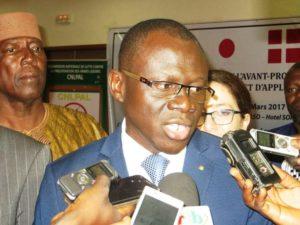 Monsieur le ministre de la justices ,des droits humains et de la promotion civique ,gardes de sceaux à la cérémonie, Réné Bagoro