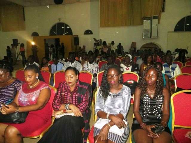 Les participants à cette cérémonie du Danfani fashion week