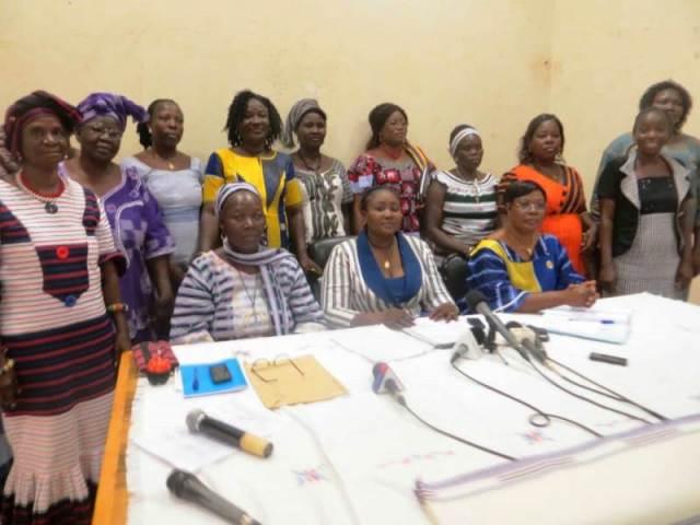 Les responsables et personnel du ministère de la femme ont posé pour la postérité