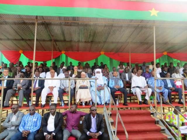 Les officiels et les invités lors de la cérémonie d'ouverture