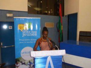 Saran Koly représentante de De Anne Vincent Représentante de l'UNICEF au Burkina Faso