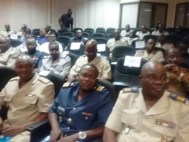 Les participants au CASEM du Ministère de la Défense nationale et des Anciens Combattants
