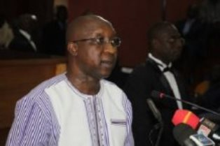 Son Excellence Monsieur Paul Kaba THIEBA, Premier Ministre, Chef du Gouvernement du Burkina Faso