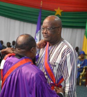 Faso Roch Marc Christian Kaboré a été élevé à la Dignité de Grand-Croix de l'Ordre international des Palmes Académiques dans l'OIPA/CAMES