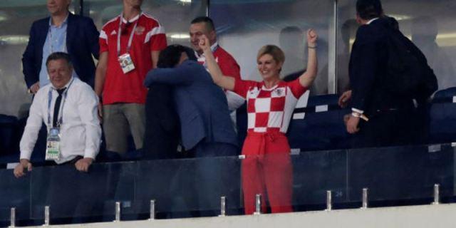 France Croatie en tribunes.  La presidente Grabar Kitarovic sera l'une des attractions de la finale