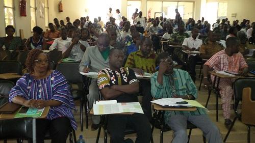 Région- sud-ouest-le-ministère-de-la-fonction-publique-sensibilise-les-acteurs-dans-la-gestion-des-affaires-publiques-à-Gaoua.