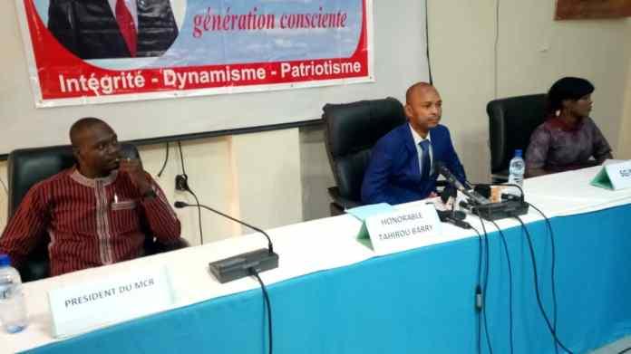 « le-navire-du-Burkina-Faso-est-sans-navigateur » dixit Tahirou Barry