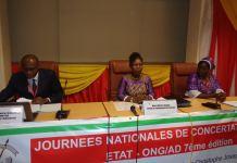 Développement-et-insécurité-Le-gouvernement-et-les-ONG-discutent