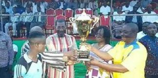 Coupe -du -maire –de- Kombissiri- l'équipe -du –secteur- 3 –de- Kombissiri –remporte- le- trophée