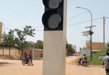 Ouagadougou- l'arrondissement -1- a -désormais -des -feux -tricolores -solaires