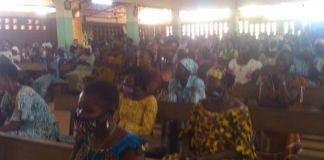 Diébougou- les- fidèles- catholiques- retrouvent- le- chemin- de- l-église