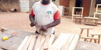 Entrepreneuriat-Sami- Boureima- Momo-un- modèle –dans- la- menuiserie -à -Gaoua