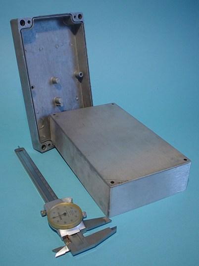 Scatola-per-centralina-elettronica