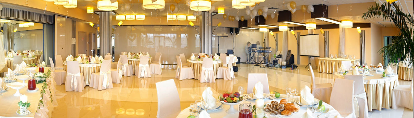 Hochzeitsdekoration in NRW  Stuhlhussen Verleih Stuhlhussen mieten  Alles fr die Hochzeit
