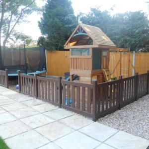 PVC Picket Fencing | Play Area Fencing | PVC Fencing | PVC Play Area Fencing | Faster Plastics