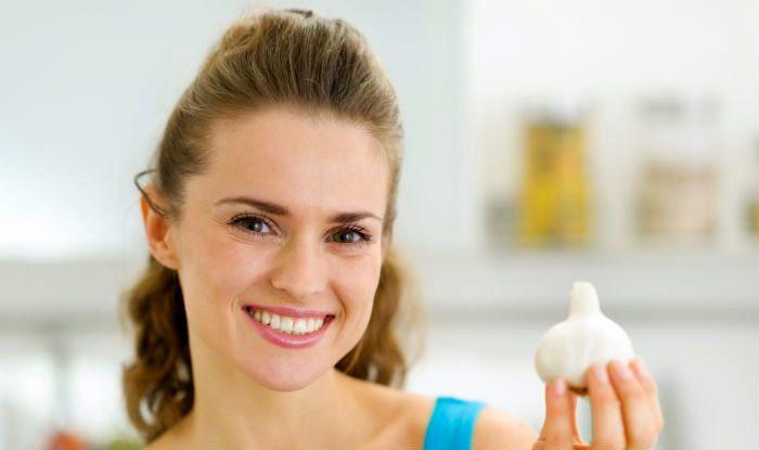 Ways To Use Garlic For Skin