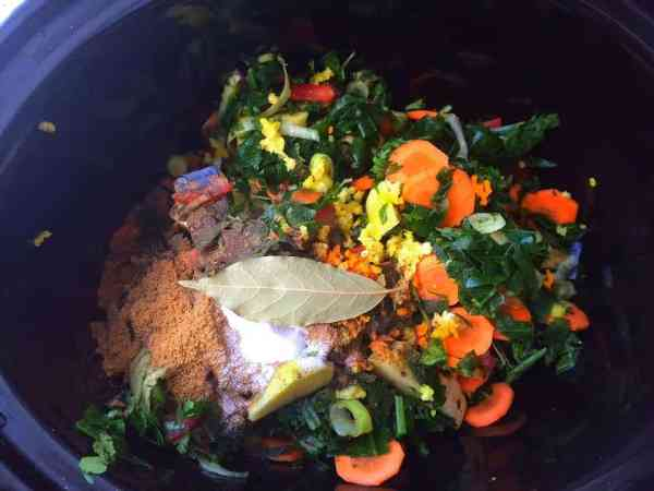 Slow Cooker Vegetable Curry - Mixed Sabzi @ FatimaCooks.net