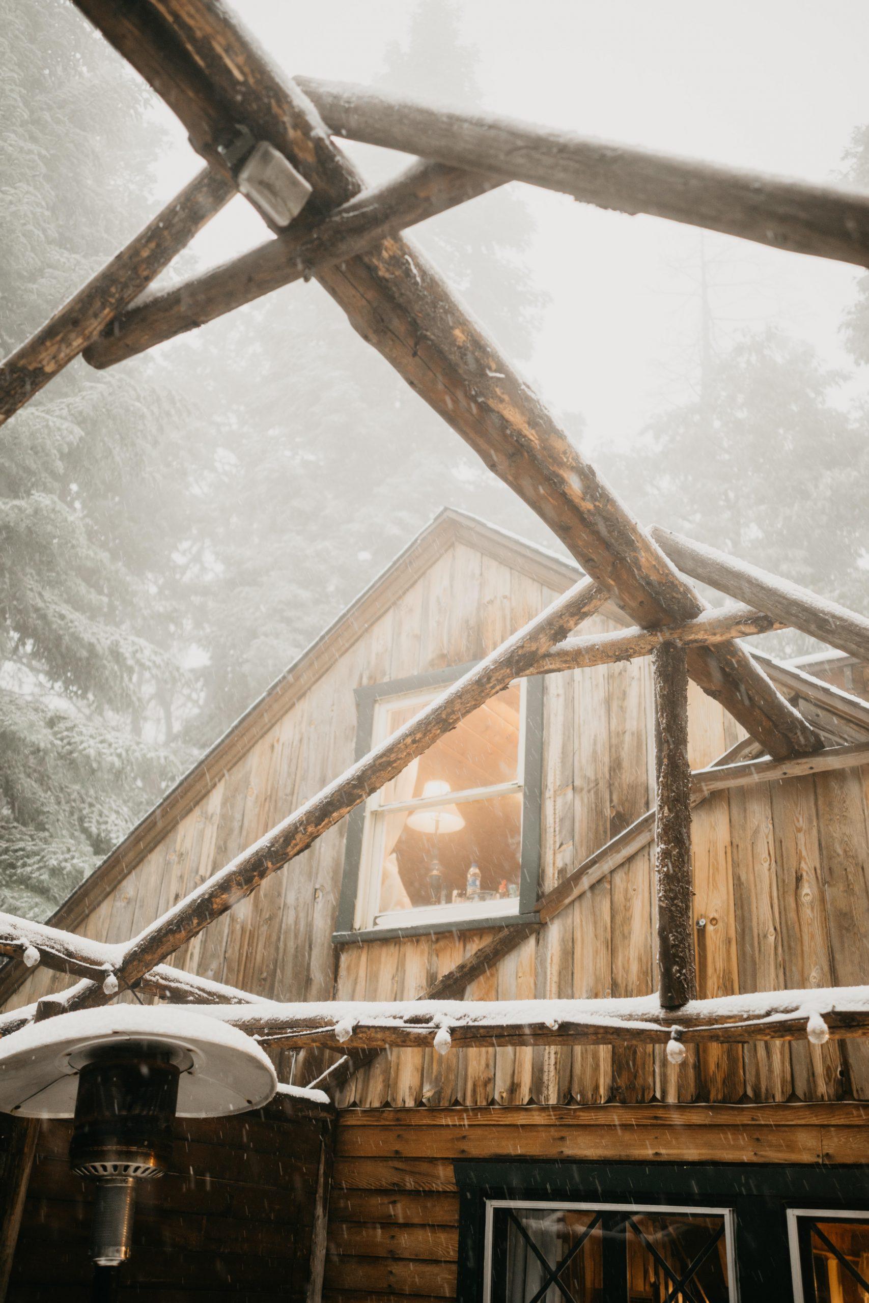 Arrowhead Pine Rose Cabin, image by Fatima Elreda Photo