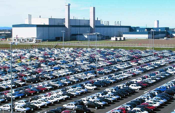 Por que é tão caro comprar um carro no Brasil?