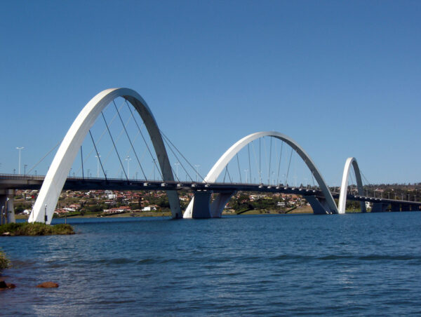 Ponte JK Brasilia DF