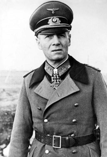 Bundesarchiv_Bild_183-J16362,_Erwin_Rommel