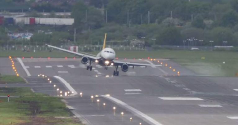 Se você tem medo de avião, NÃO assista esses vídeos!