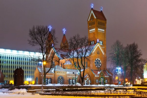 1373149340-picture-of-church-at-night-in-minsk-belarus
