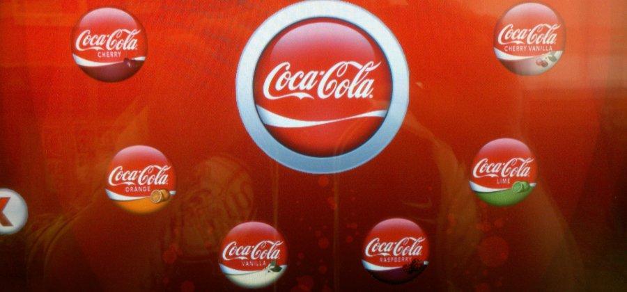 5a28887b82 Os vários sabores da Coca ao redor do mundo. Venha conhecer!