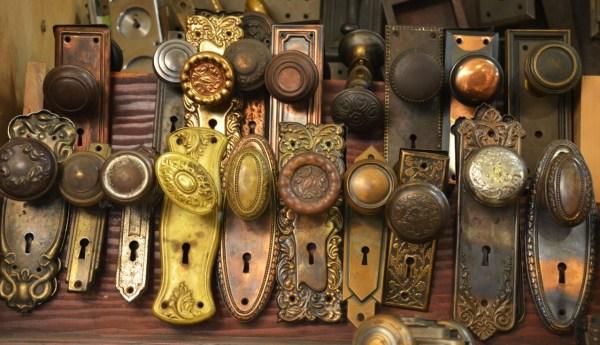 door-knobs-and-handles