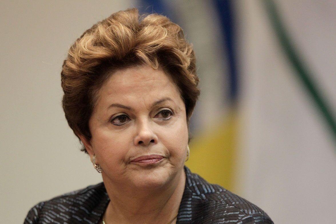 3 homenagens polêmicas que fizeram para a presidente Dilma em forma de tatuagem