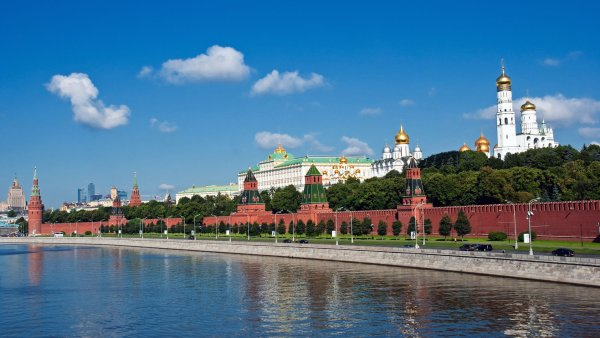 Moscow-River-wallpaper