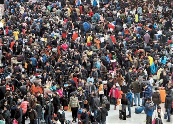 hongqiao-crowd