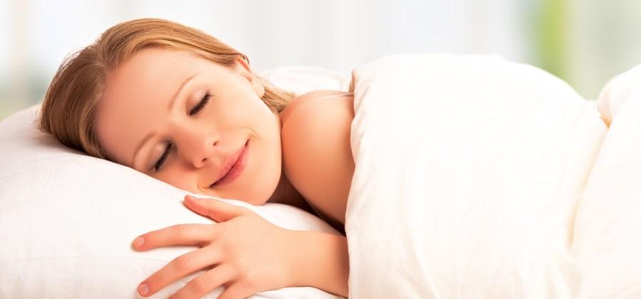 9968e07c4 8 razões pelas quais você deveria dormir pelado todos os dias