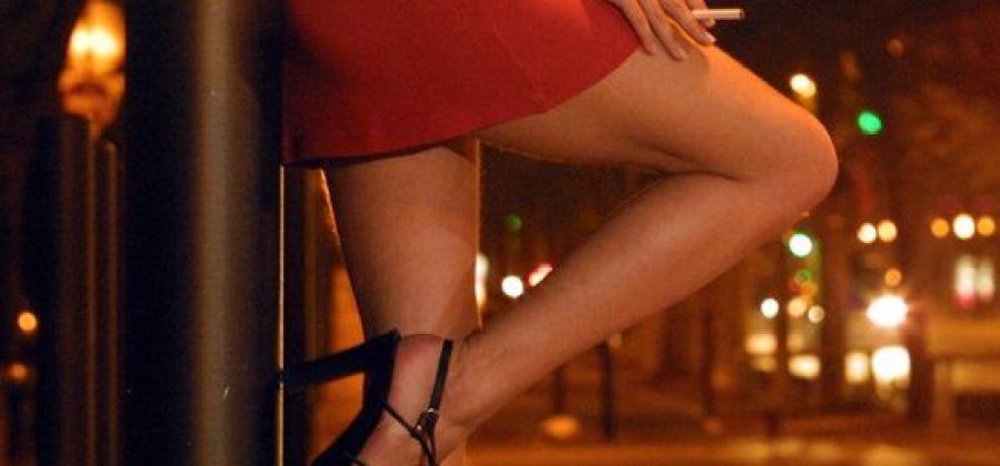 Resultado de imagem para prostituindo