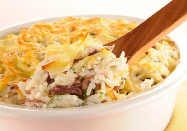 receita-arroz-carne-seca-queijo-coalho