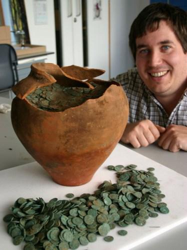 Roman-Coin-Hoard-7